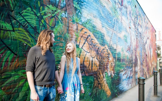 Couple's shoot in front of tiger street art on Hanbury Street, Shoreditch