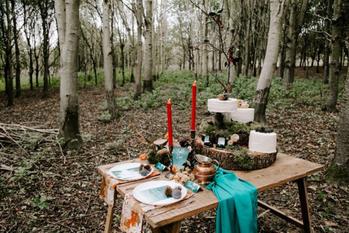 Sustainable outdoor wedding in Essex