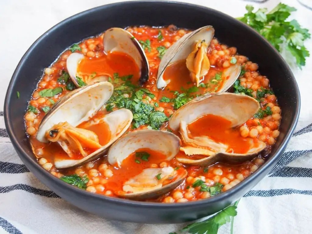 Sardinian fregola with clams