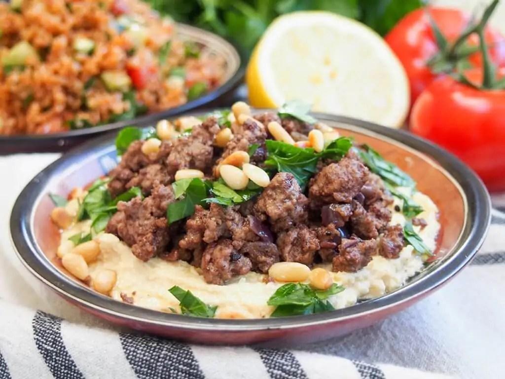 Hummus kawarma (hummus with lamb) in small dish