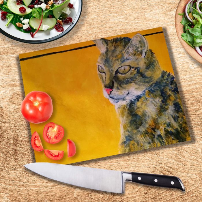 Tortoiseshell cat chopping board