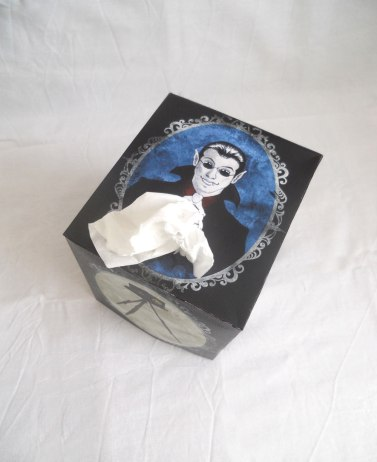 Discworld tissue box cover - Top view
