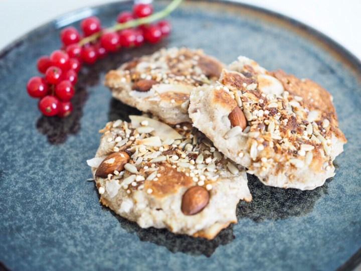 Basisches Frühstück: Pancakes mit Crunch (vegan + glutenfrei)