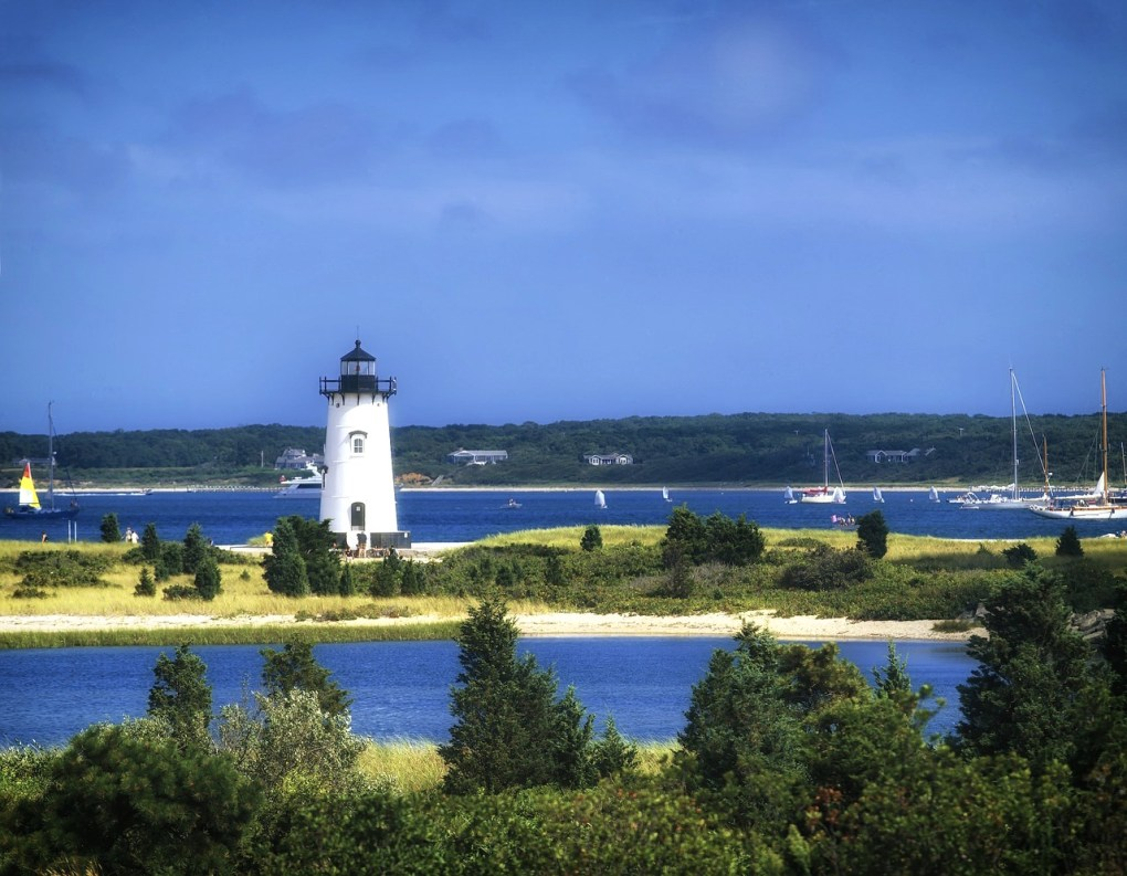 Edgartown-Massachusetts_Lighthouse-Station Nantucket getaways by land and sea