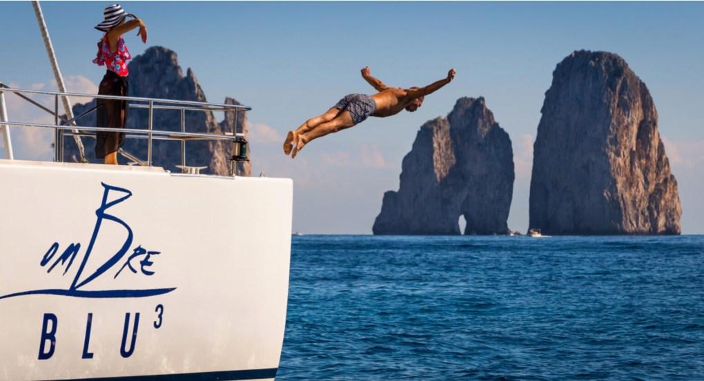 Passenger dives off 71ft OMBRE BLU 3 near the Amalfi Coast, Italy
