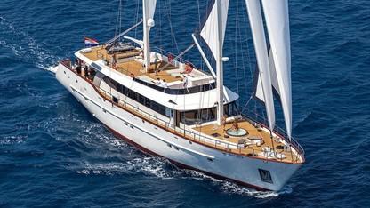 122ft Navilux motor sailer yacht NAVILUX at sea