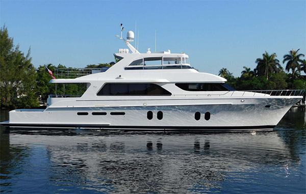84ft Cheoy Lee motor yacht JUS CHILL'N operates in the Bahamas and North America