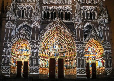 Amiens Cathedral light show