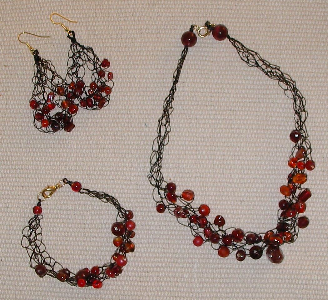 crochet-red-black-set2