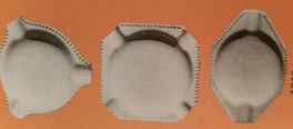 Holland 1312 three small ashtrays