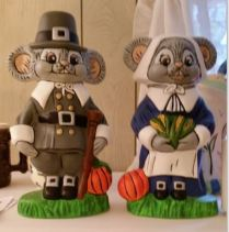 daddy-0389-boy-mouse-0390-girl-mouse-pilgrims