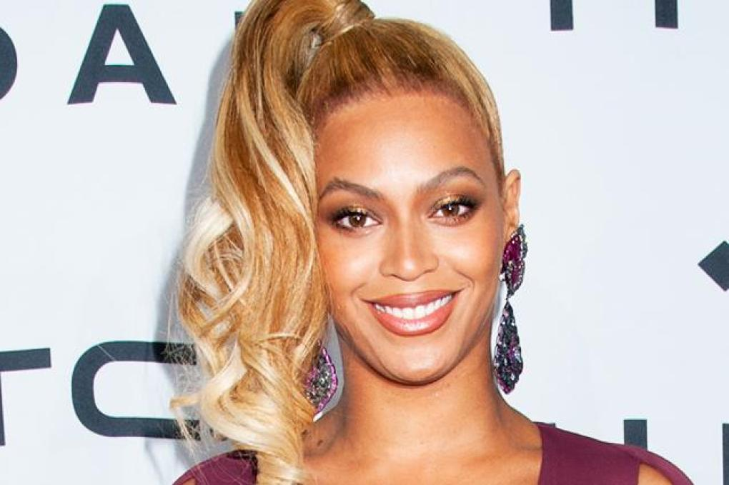Beyoncé Signo Virgem