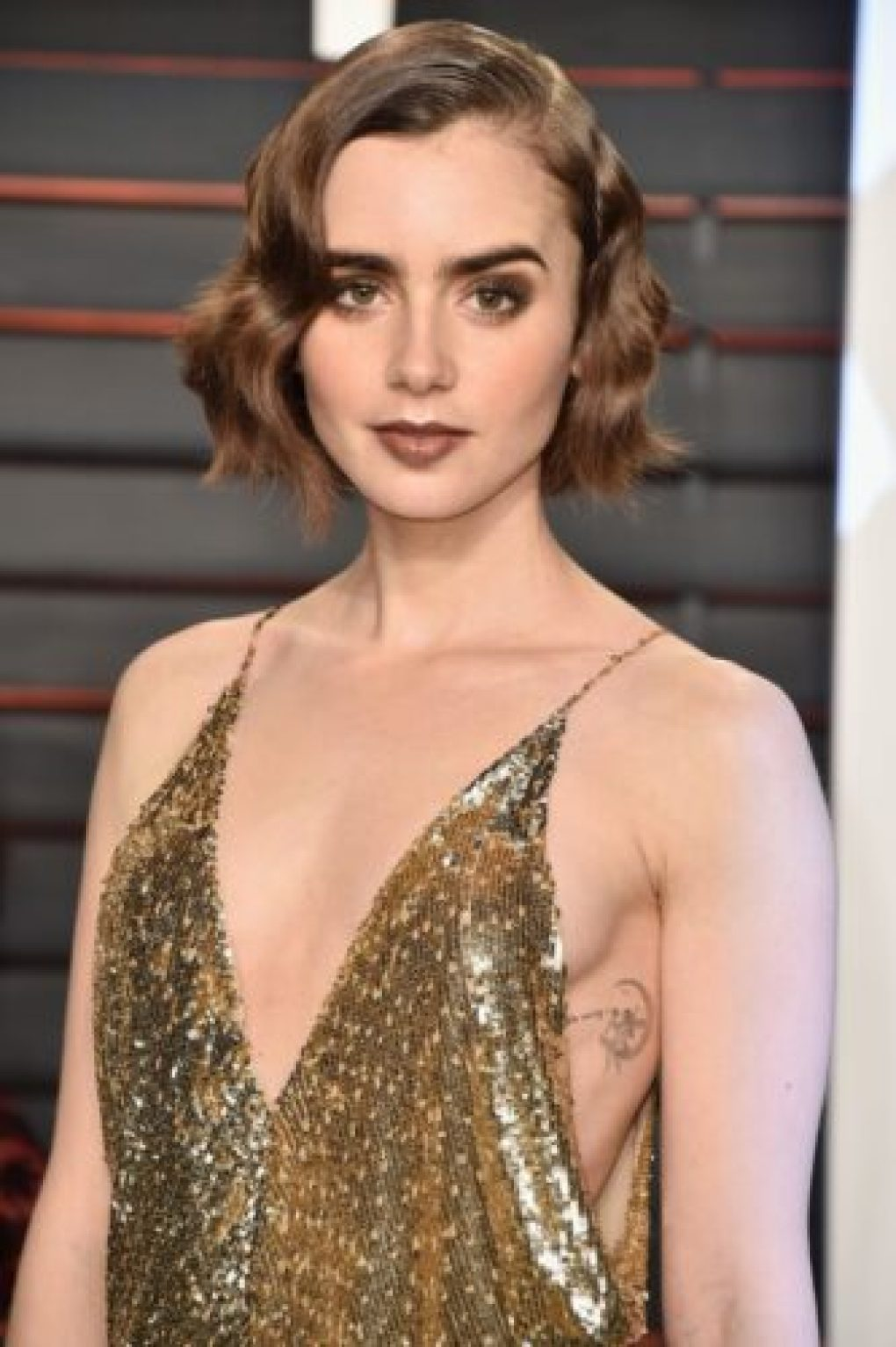 Os vestidos mais lindos da festa do Oscar 2016 Lily Collins