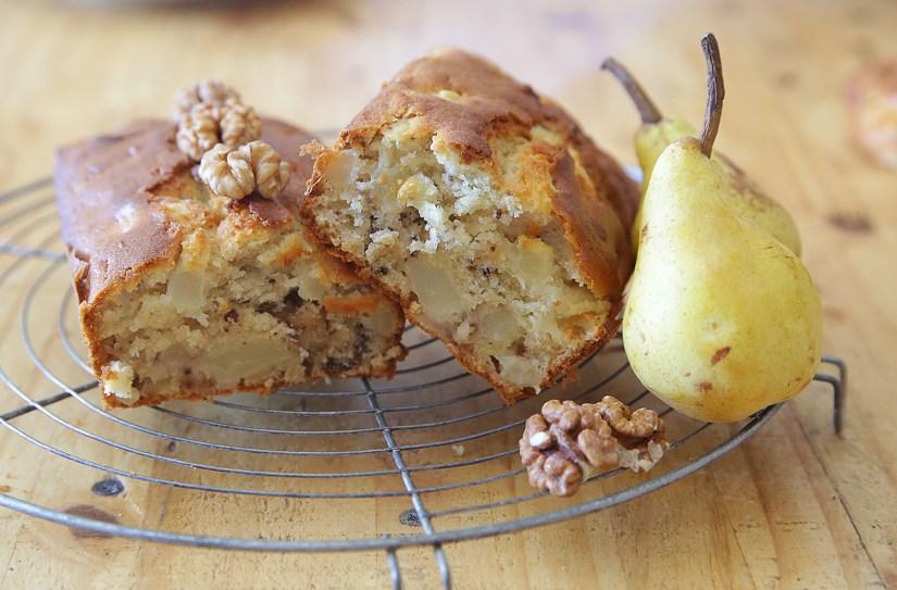 Cake aux poires et aux noix