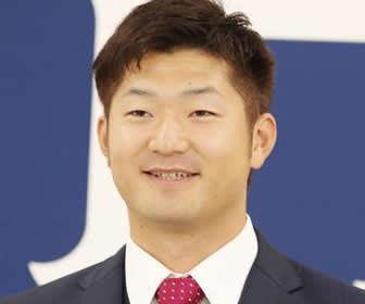 岡田、4200万円でサイン!来季「(背番号と同じ)17勝したい」