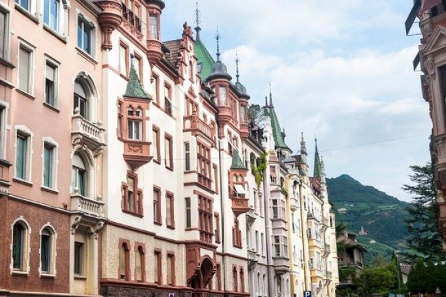 Italy with Kids - Old buildings in Bolzano