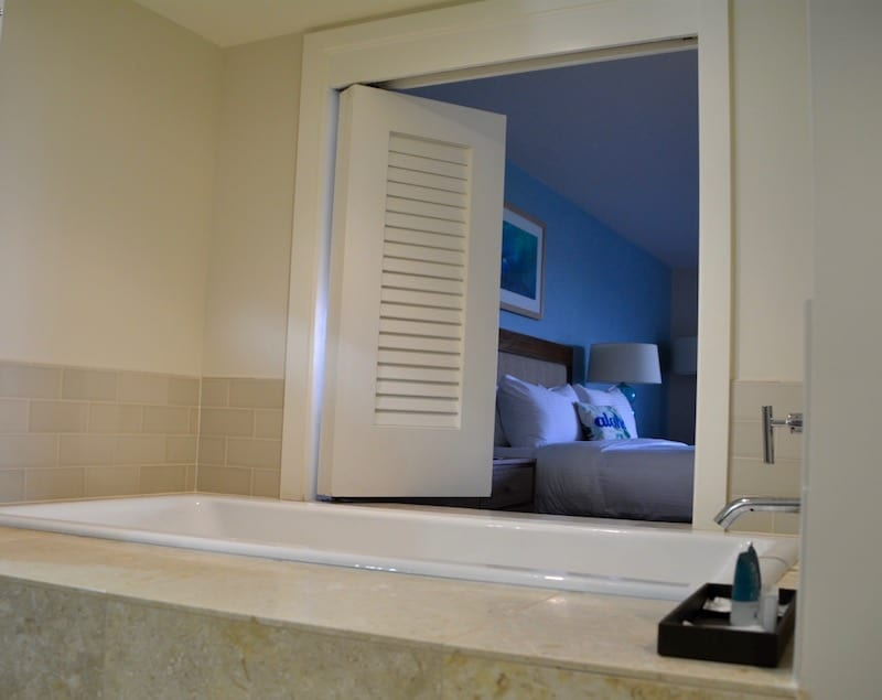 The bathrooms at Turtle Bay Resort are a complete retreat. Seriously. They're huge and include a double sink, separate shower and soaking bathtub with a view. Click over to read the full Turtle Bay Resort review.