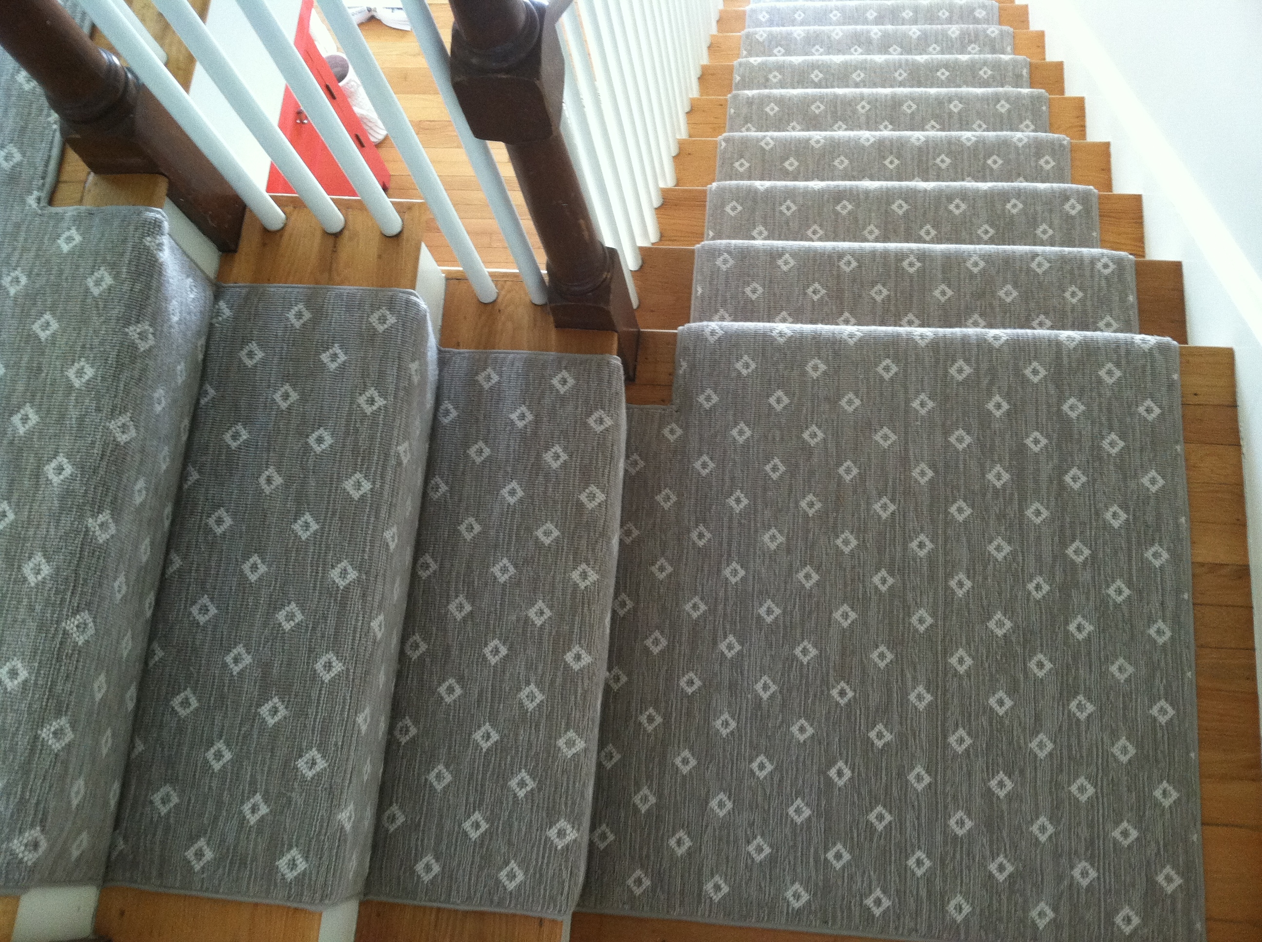 Patterned Carpet The Dos Donts Carpet Workroom | Grey Patterned Stair Carpet | Teal | Black | Farmhouse Style | Stair Landing | Wall