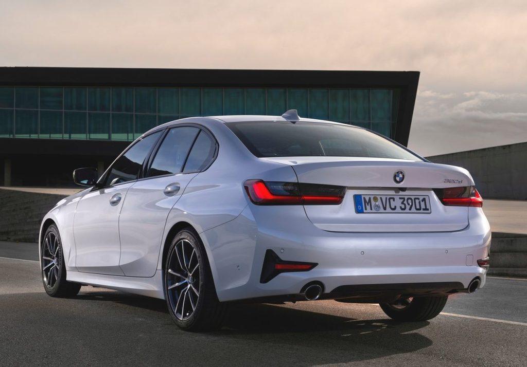 2019 BMW 320d Sport Line