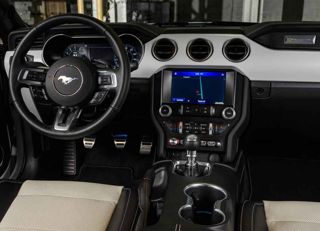 2022 Ford Mustang Ice White Edition