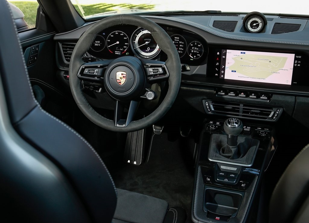 2022 Porsche 911 Carrera 4 GTS Cabriolet