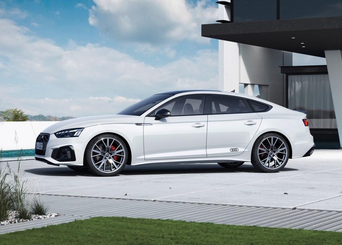 2022 Audi A5 Sportback S line competition plus