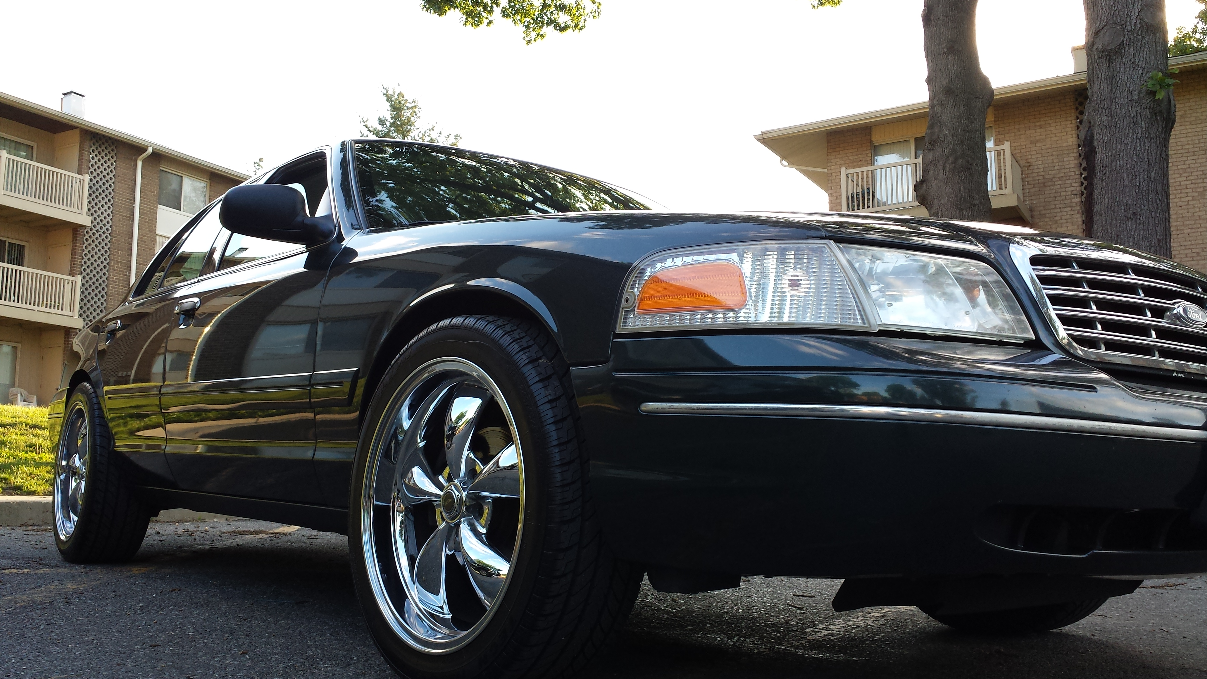 Ford Crown Victoria View all Ford Crown Victoria at CarDomain