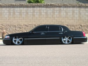 townlow 2003 Lincoln Town Car Specs, Photos, Modification