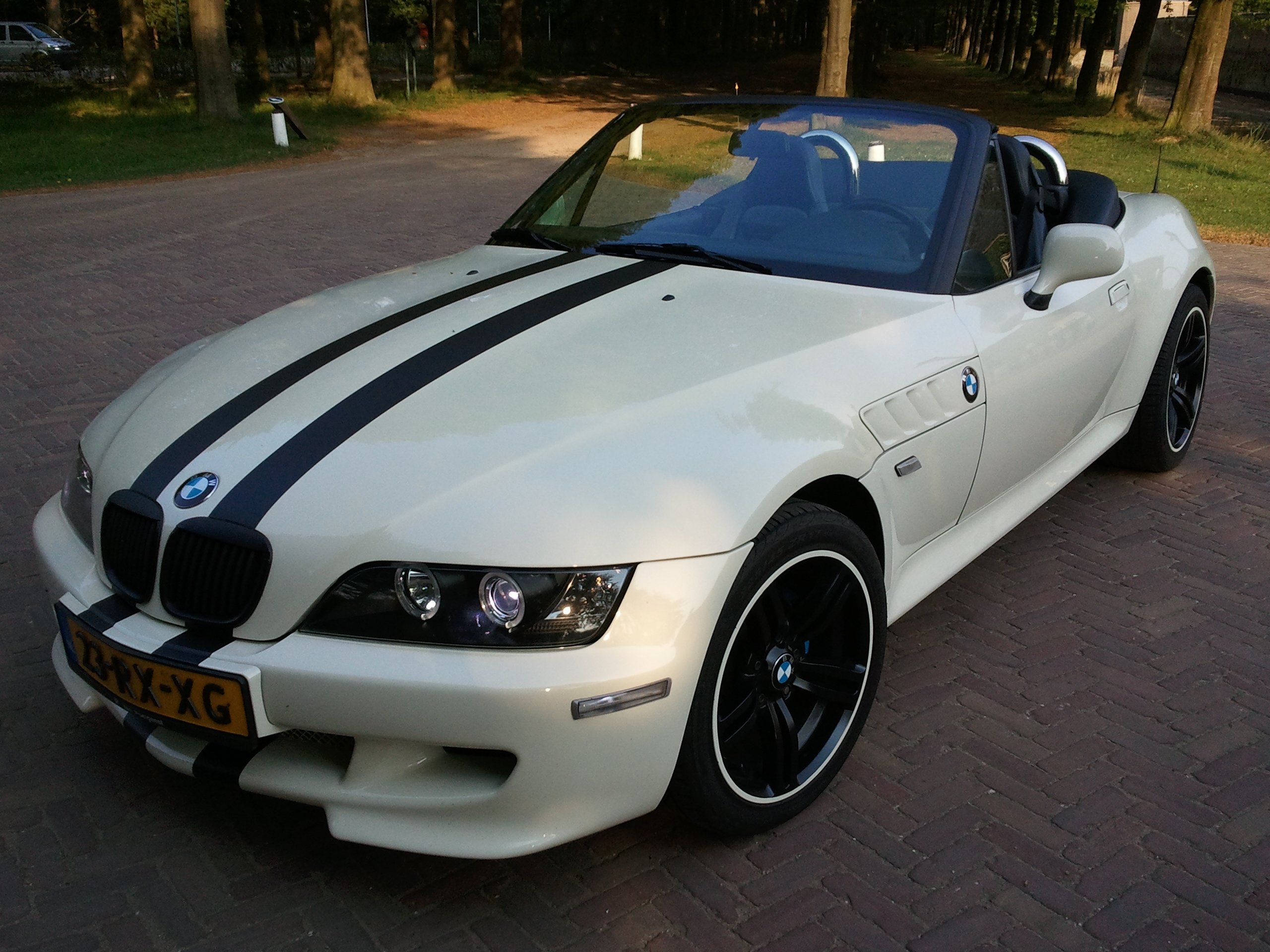 Monte-Carlo1980 1996 BMW Z3Roadster 2D Specs, Photos