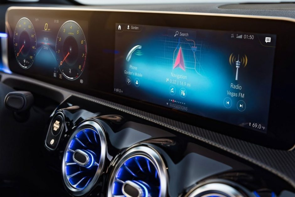 2018 Mercedes Benz A Class Will Feature Wireless Apple Carplay