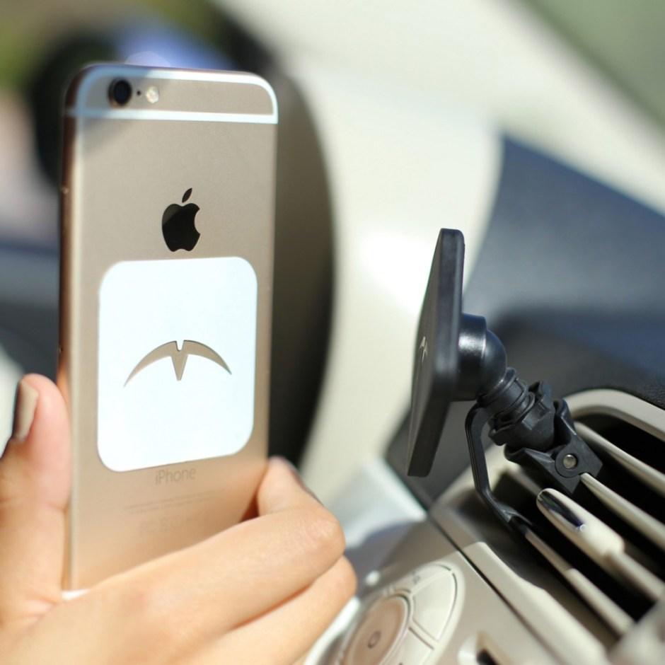 Mountek Airsnap Phone and Clip
