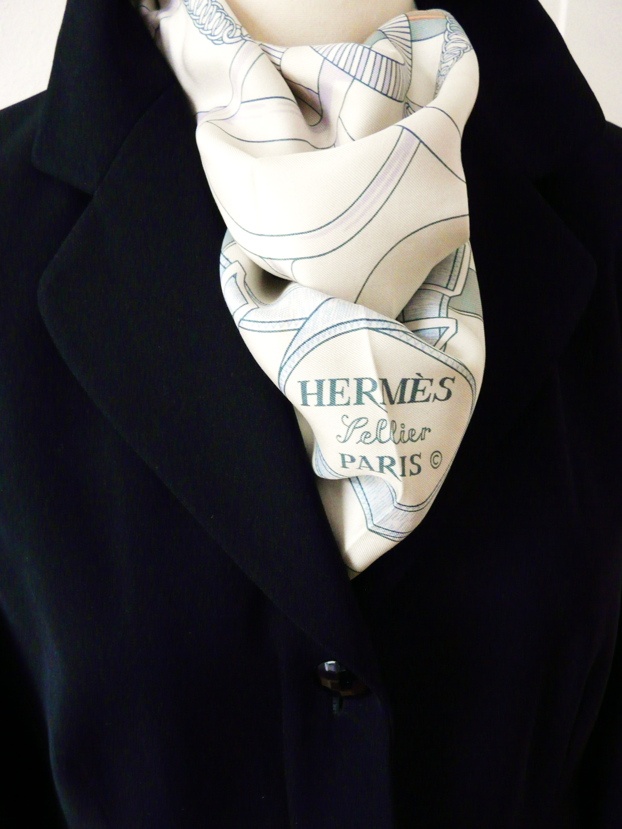 c90f6594c81e How to care for your Hermes carre – Carre de Paris HERMES© Scarf Blog