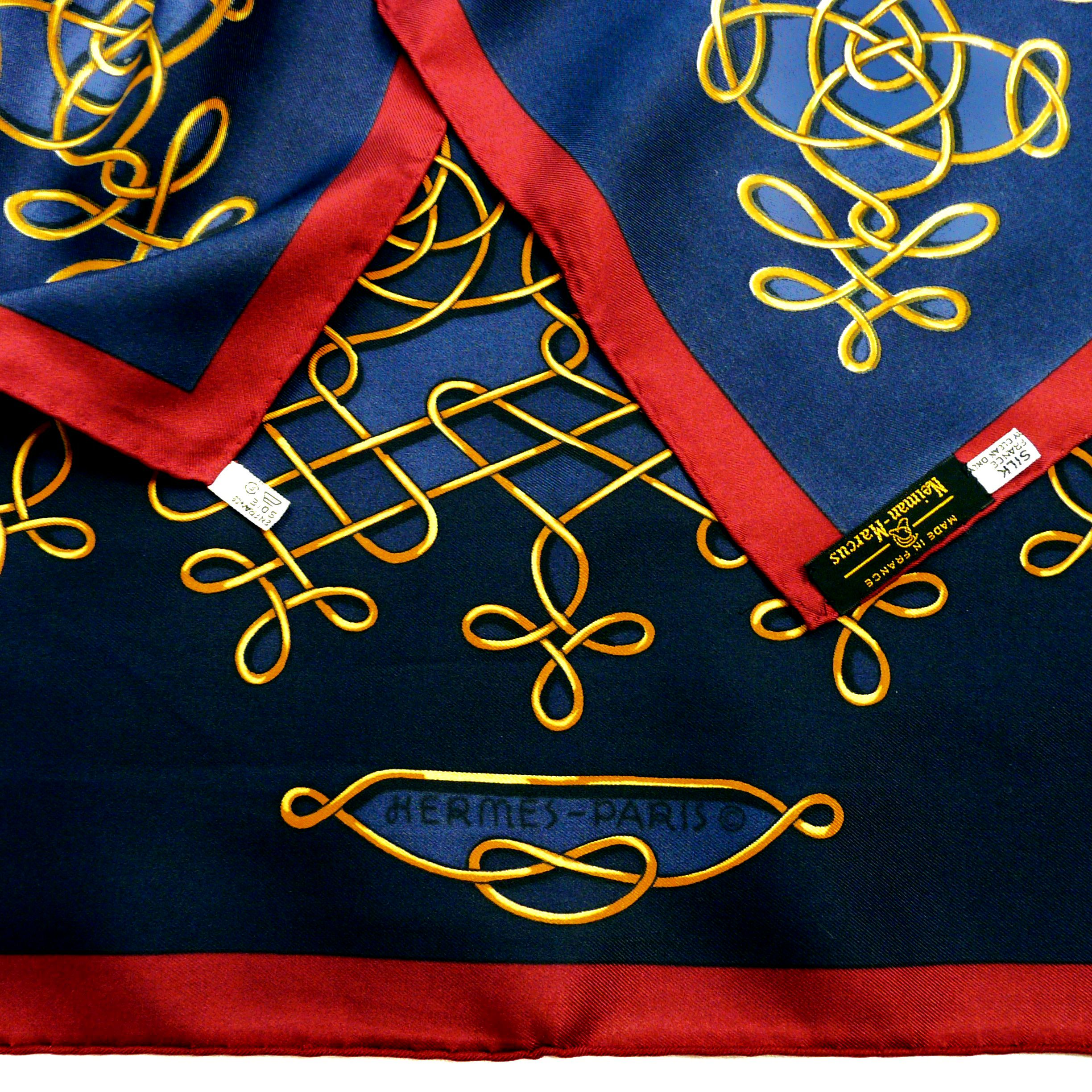 Vinci HERMES Silk Scarf with 3 Care Tags