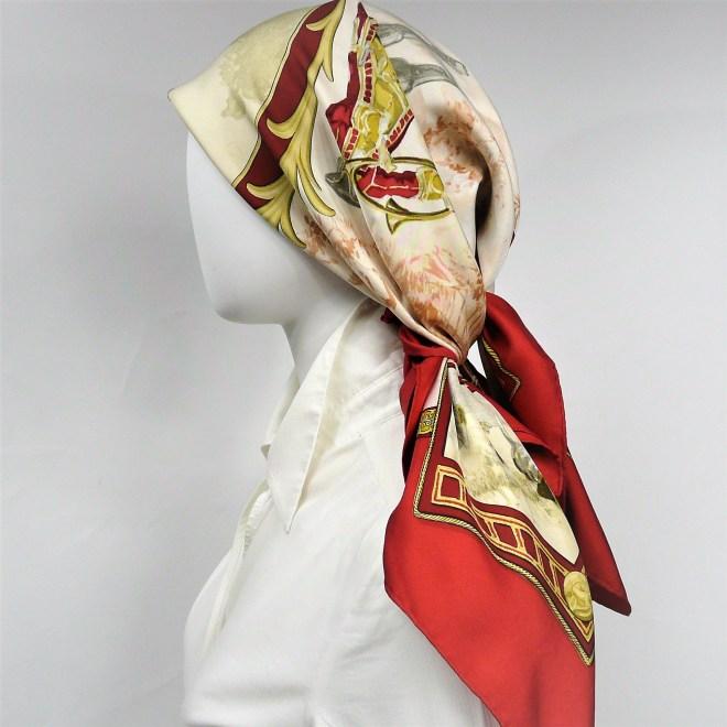 petite-venerie-hermes-paris-silk-carre