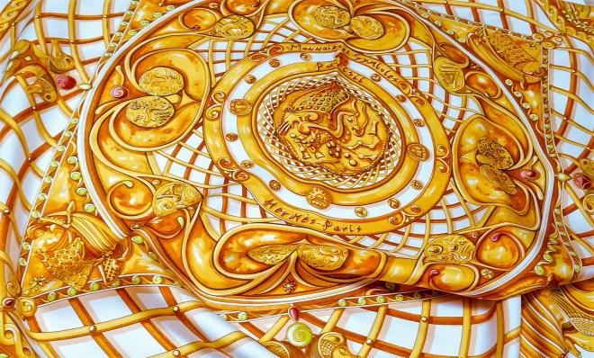 Monnaies et Symboles des Parisii HERMES Silk Scarf_-3