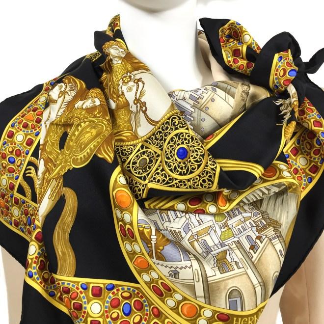 Hermes Le Triomphe du Paladin Silk Scarf_-12