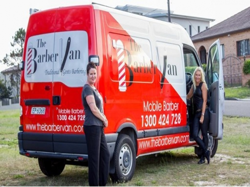 Mobile Vans Official Website Australian Small Firms Take To Four Wheels Bbc News