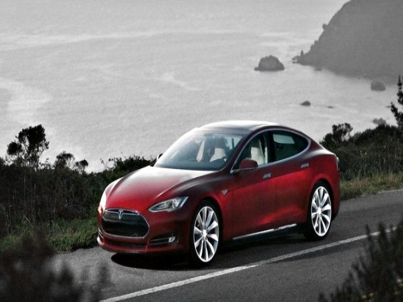 Tesla Model S Price Tesla Explains Model S Price Hike Also Announces Battery Pack