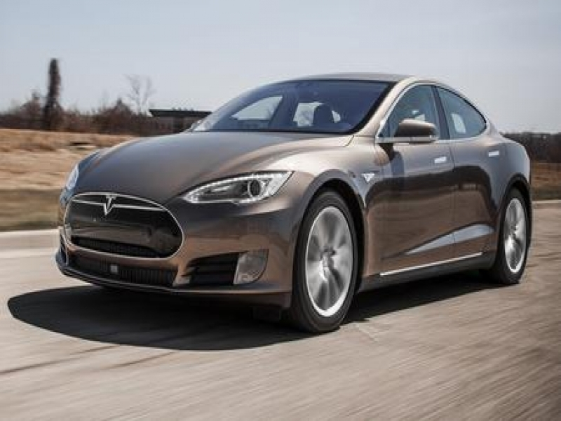 Tesla Models 2015 Tesla Model S 70d Instrumented Test Review Car And Driver