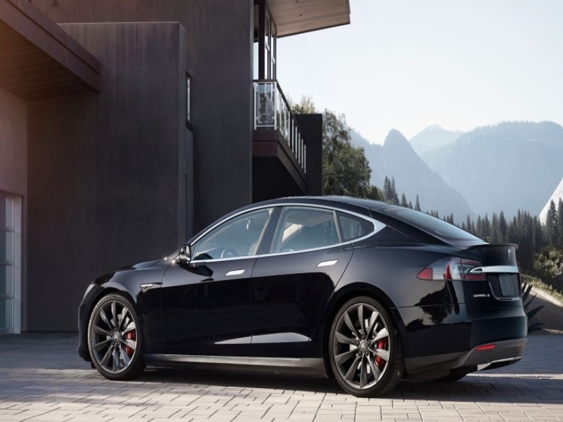 Tesla Used Car Sales Tesla Begins Sales Of Used Model S Sedans