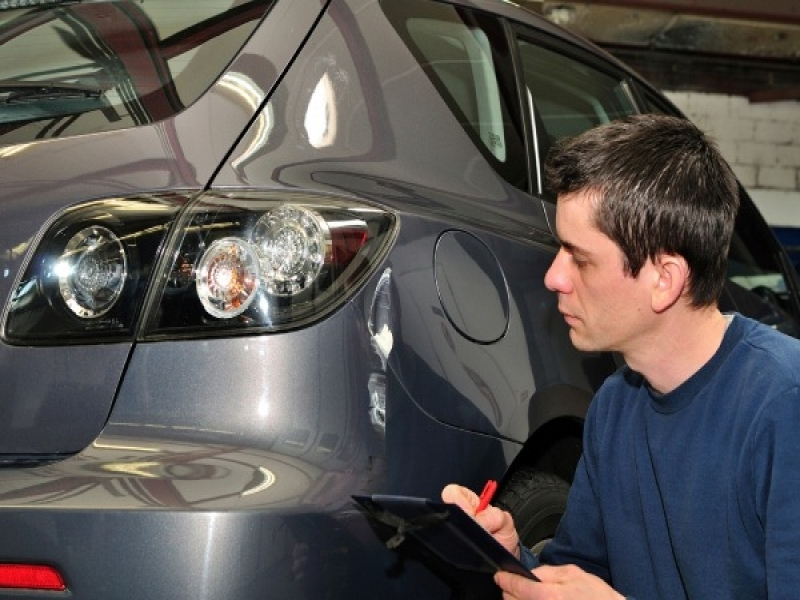 When Do Car Companies Offer Rebates Trade In Options For Your Used Car Edmunds