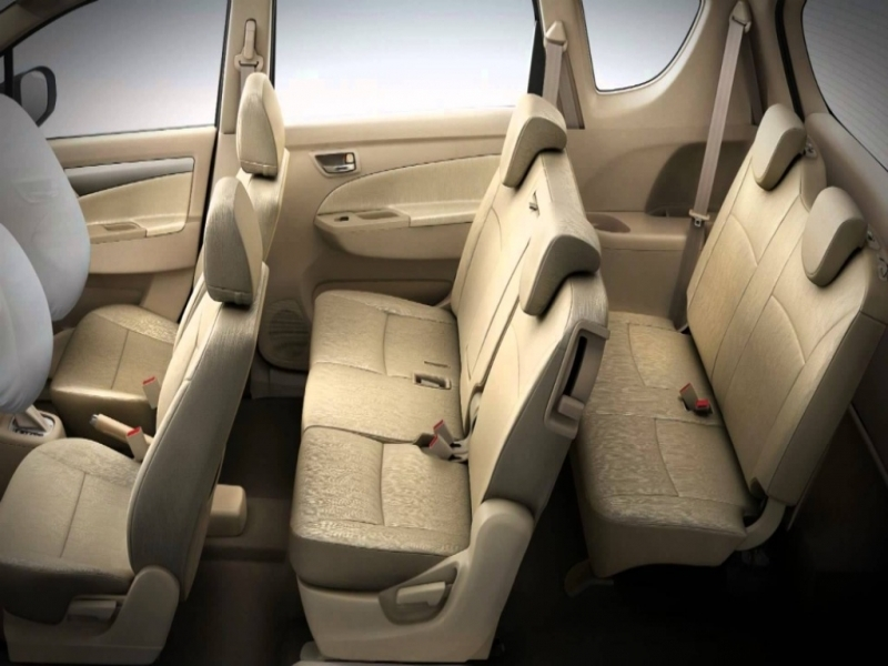 7 Seater Cars In India Below 5 Lakhs The 5 Best 7 Seater Cars In India Yellow Drive