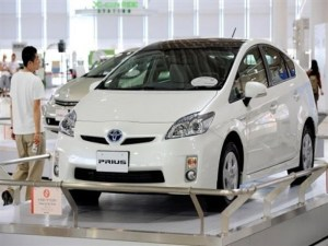 Best Latest Toyota Cars In Japan Defying Recession Japans Green Cars Surge In Popularity
