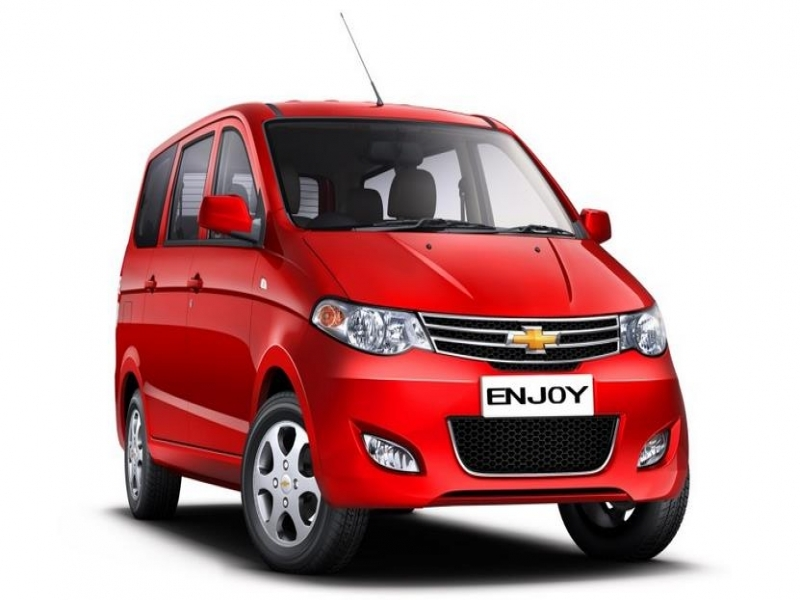 Latest 8 Seater Cars In India Price Chevrolet Enjoy Diesel Ls 8 Seater Price Specs Review Pics