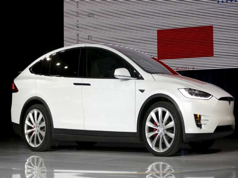 Latest Cars Models Pictures Price Tesla Launches Model X Electric Suv To Take On Luxury Carmakers