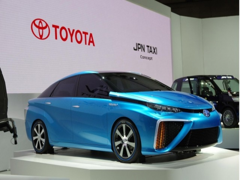 Show Latest Toyota Cars Toyota Fcv Hydrogen Fuel Cell Test Cars Concept Shown At Ces
