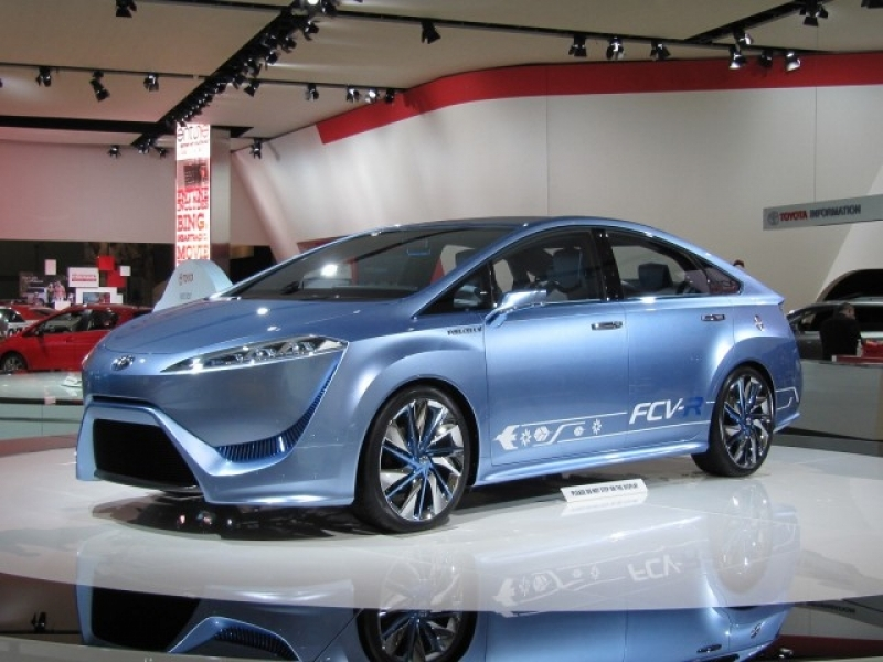 Show Latest Toyota Cars Toyota Fcv R Concept Hydrogen Fuel Cell Vehicle In Detroit Photo