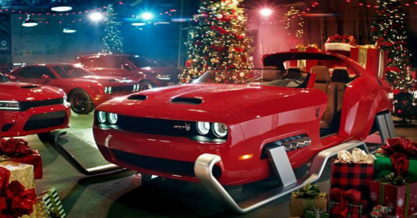 Santa Claus Sleigh Fun From Dodge