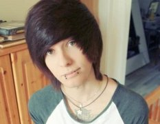 YOUNG23-Sexy-Long-Black-Red-Emo-Hairstyles-for-Boys