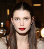 Labios sombreados de Burdeos y rojo Cardenal con Kenneth Cole (New York Fashion Week)